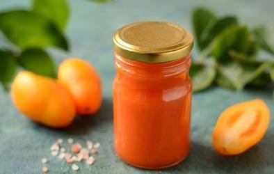 Geltonųjų pomidorų padažas žiemai