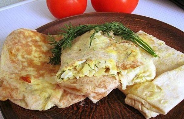 Lavašas su sūriu, kiaušiniu ir krapais