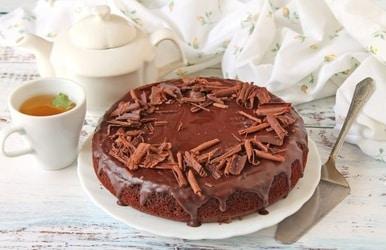 Šokoladinis pyragas su pienu